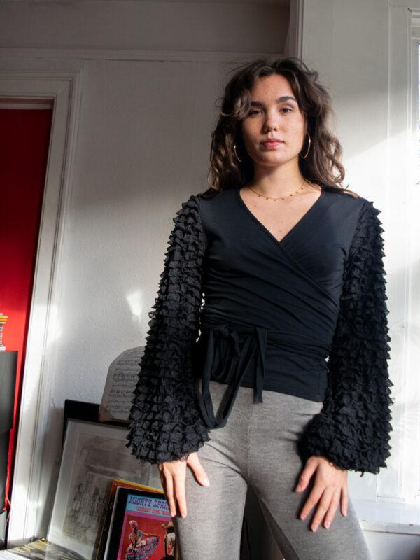 Violeta black tull top